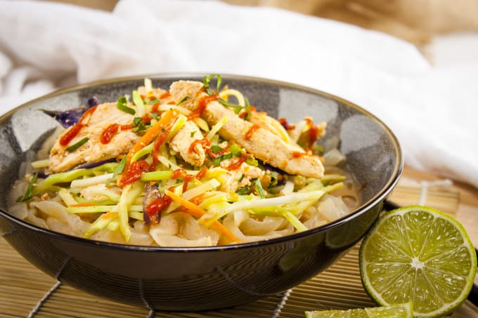 Spicy Chicken and Peanut Shirataki Noodles