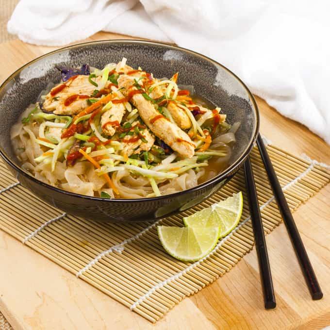Spicy Peanut Shirataki Noodles with Sriracha Chicken