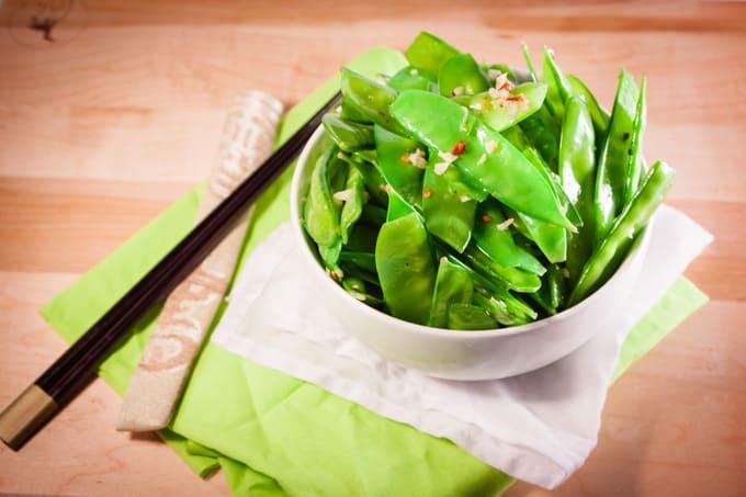 Spicy Garlic Snow Peas