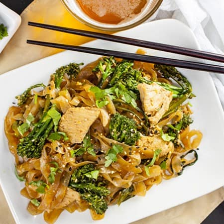 This Skinny Chicken Pad See Ew is so light and easy to make