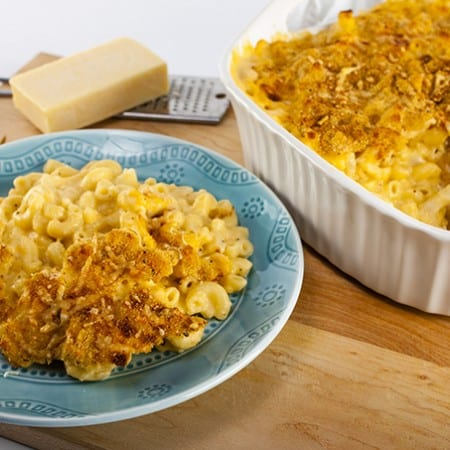 This amazing Mac and Cheese is secretly low calorie and healthy